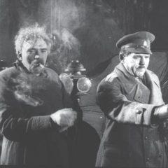 """Амвросій Бучма та Юрій Шумський під час зйомок фільму """"Нічний візник""""."""